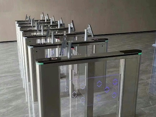 指纹识别门禁系统,提高使用体验,拥有安全保障!
