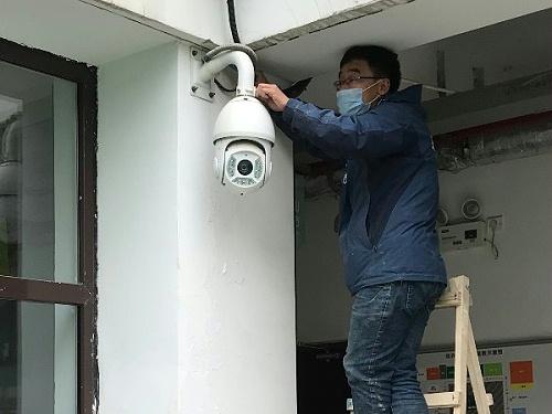 专业问题交给专业人士解决,西安监控摄像头维修就找鑫安安防!